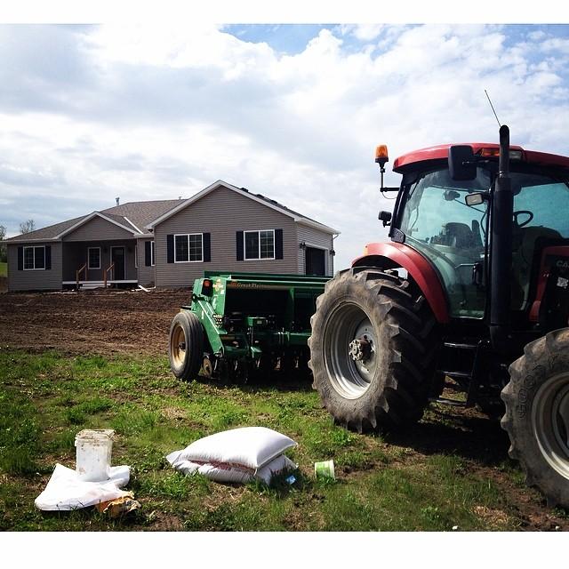 Seeding the yard. #grass #grow #whatagift #bestneighborsever #songbirdnest #100happydays #day10