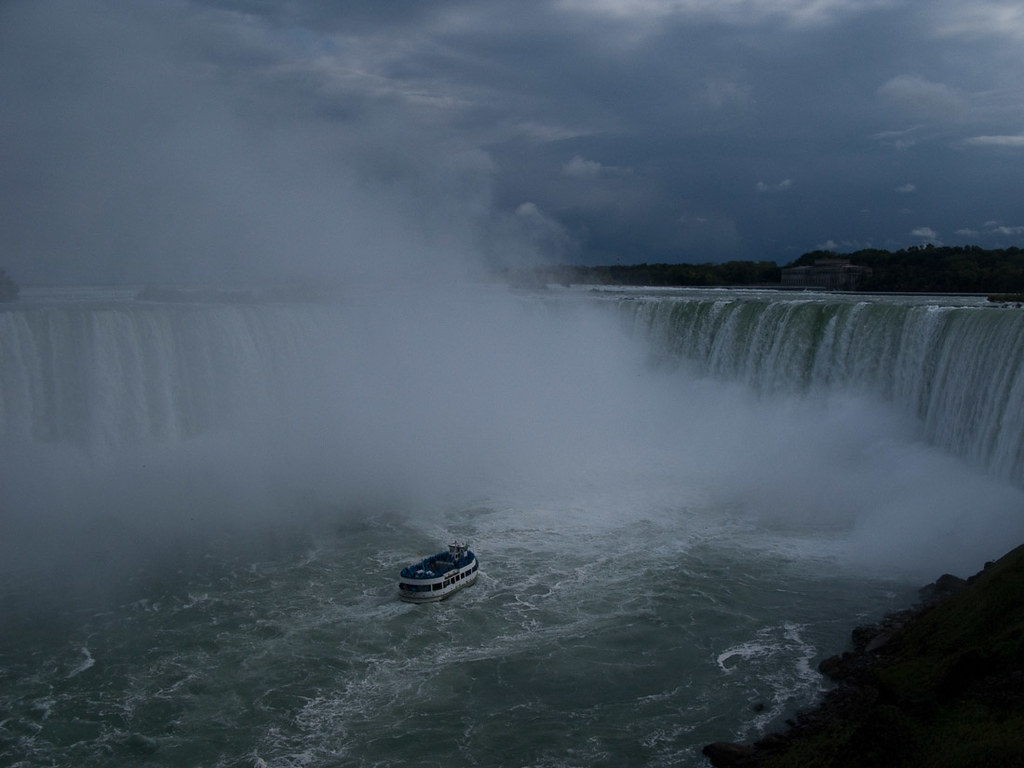 View of the Maid of the Mist boat from the Canadian side