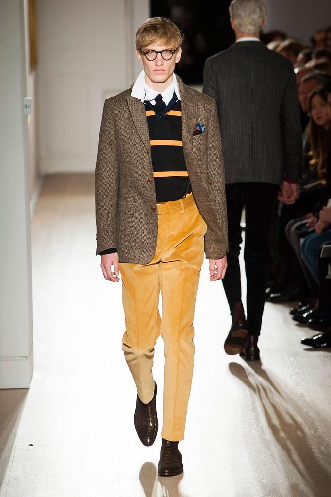 Jeroen Smits3170_FW15 London Dunhill(fashionising.com)