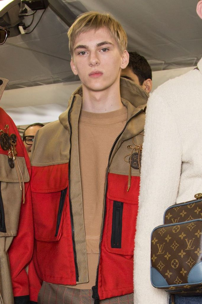 Dominik Sadoch3270_1_FW15 Paris Louis Vuitton(fashionising.com)