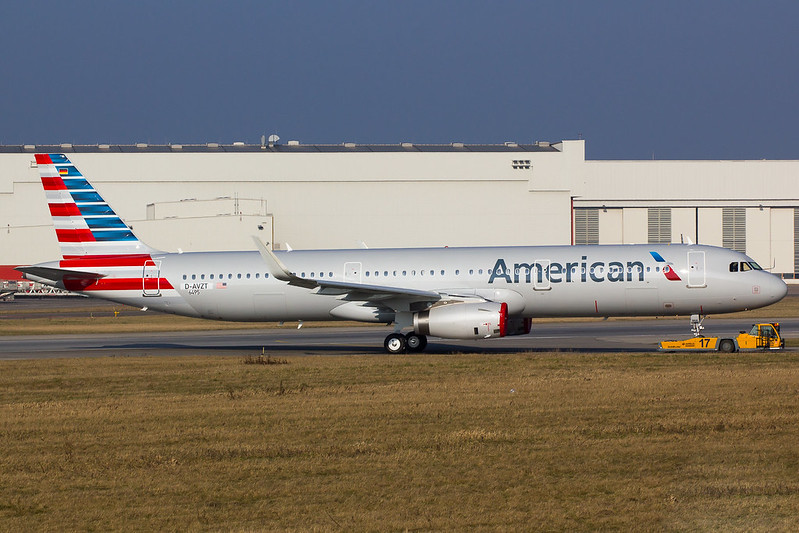 American Airlines - A321 - D-AVZT (2)