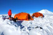 Expedition Pik Lenin, 7134 m, Hochlager auf 6100 m. Foto: Dieter Porsche.
