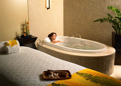 Spa Helani_Treatment Room, Photo Courtesy of Westin Kaanapali Ocean Resort Villas