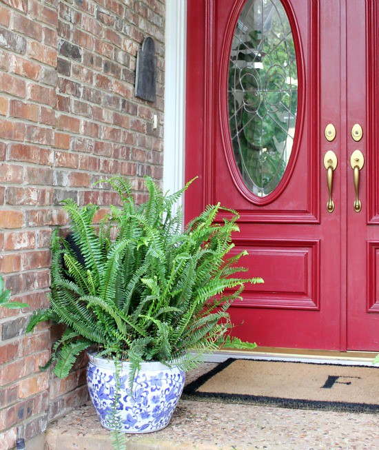 Hi Sugarplum | Spruced Up Front Porch