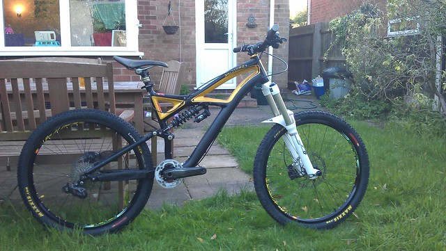 Enduro Evo 2011 mid build