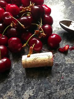Denoyauter les cerises