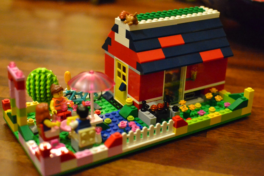 Lego Raspberry Pi House