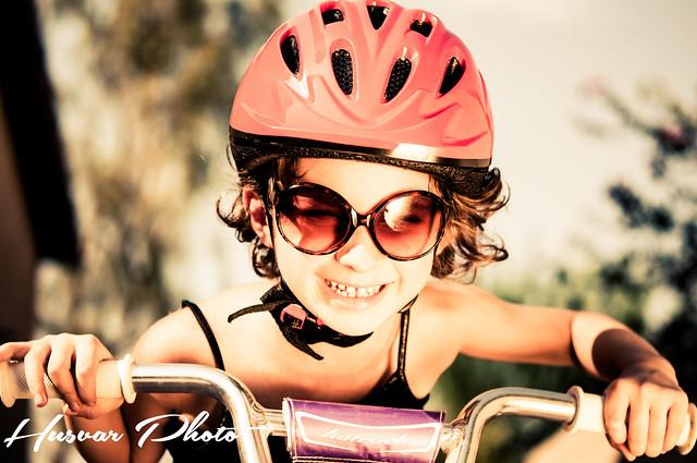 joovy noodle kids helmet in_the_know_mom
