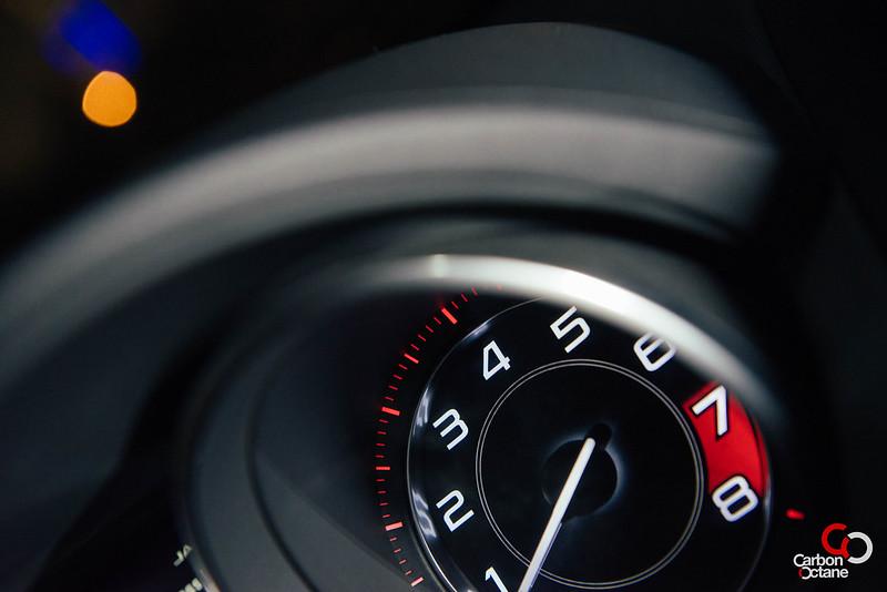 2014 Jaguar F-Type V8-13.jpg