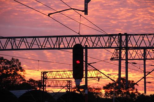 railroad morning sky station sunrise canon dawn colorful poland polska rail railway signal e30 catenary wrocław pkp e59 lowersilesia dolnośląskie dolnyśląsk wrocławgłówny canoneos550d canonefs18135mmf3556is d29271 d29132 d29276 d29273 d29285 d29763