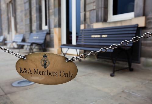 Members Only; copyright 2013: Georg Berg
