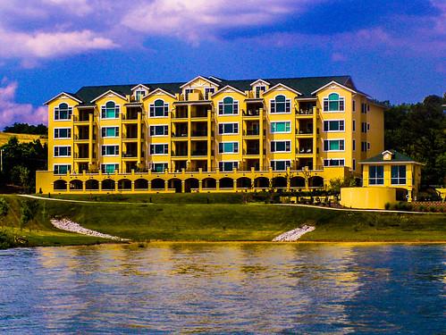 Harbor Crest Condominiums