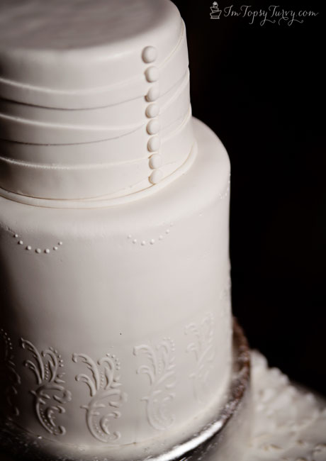 pleated-fondant-wedding-cakes