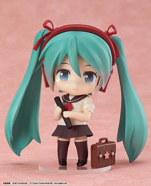 Nendoroid Hatsune Miku: Sailor Uniform version