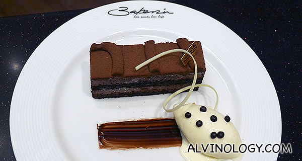 Chocolate Amer (S$8.50) - Flourless sponge cake featuring a chocolate mousse made with Bakerzin's blend of decadent valrhona chocolate and served with vanilla ice-cream and chocolate pearls
