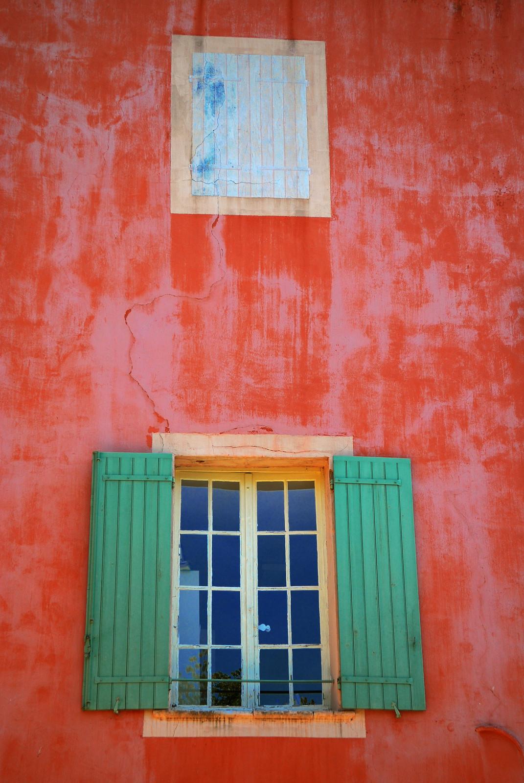 La fentre provenale 12 (Roussillon)