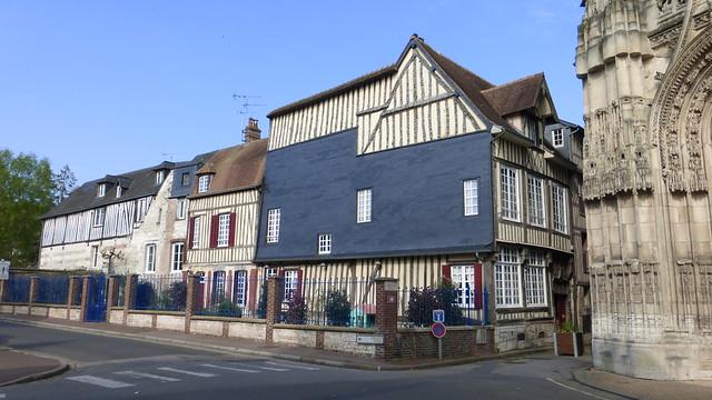 197 Caudebec-en-Caux