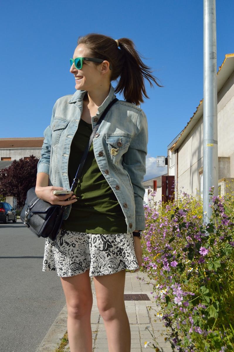 lara-vazquez-madlula-blog-fashion-trends-green-denim