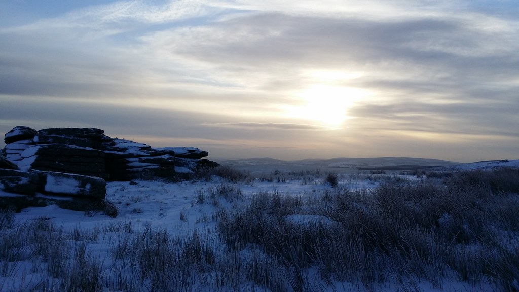 Sunrise from Wild Tor #sh #dartmoor