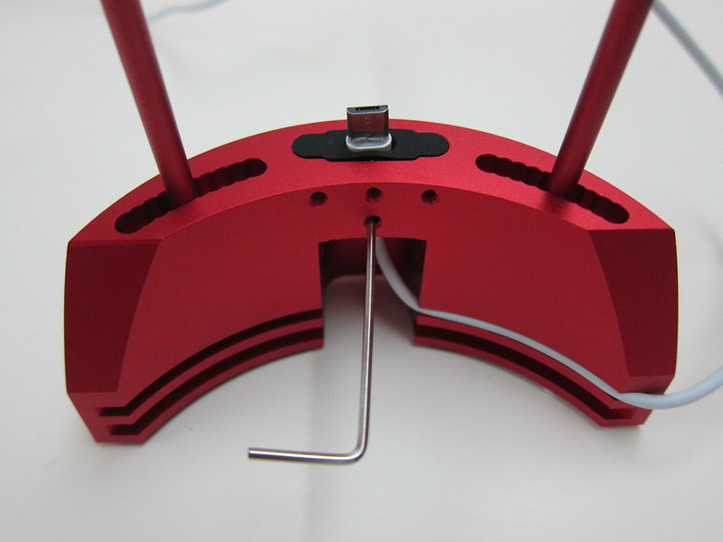 ARQ Dock 2.0 - Red With Red Arq key and Micro USB Cable