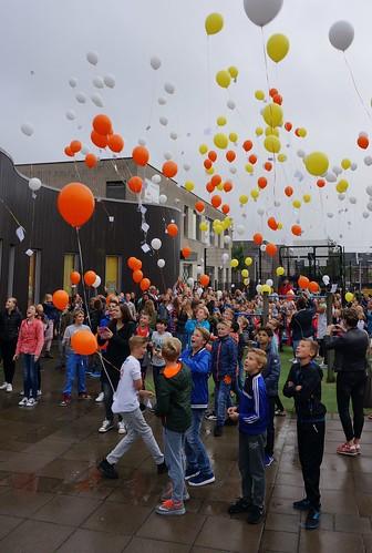 Heliumballonnen Ballonoplating Kennedyschool Hendrik Ido Ambacht