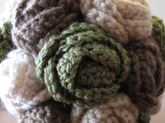 April Sprinkles: Crochet rose boquet close-up