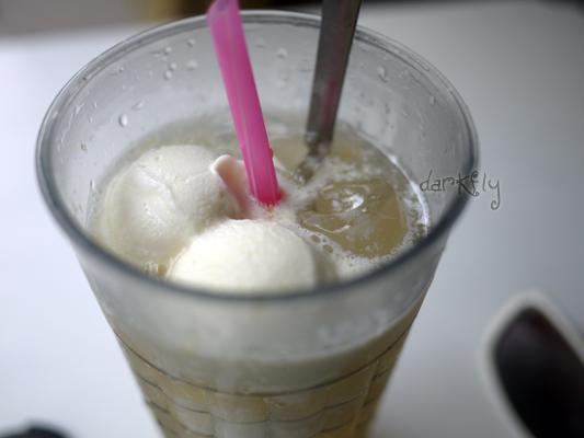 2010.05.29旗津斗六冰城