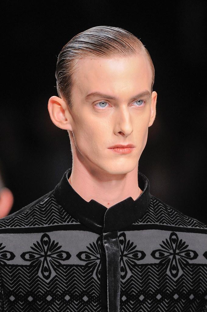 Elias Cafmeyer3122_SS14 Milan Ji Wenbo(fashionising.com)