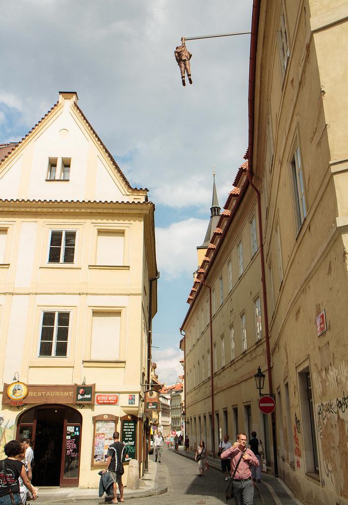 מבט מלמעלה על כיכר העיר העתיקה