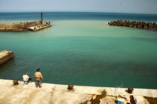 空蕩蕩的漁港