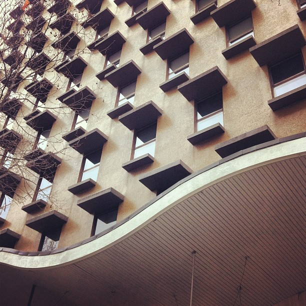 Looking Up #melbourne #cbd #architect #architecture #archdaily #midcentury #midmod #modernism #modern
