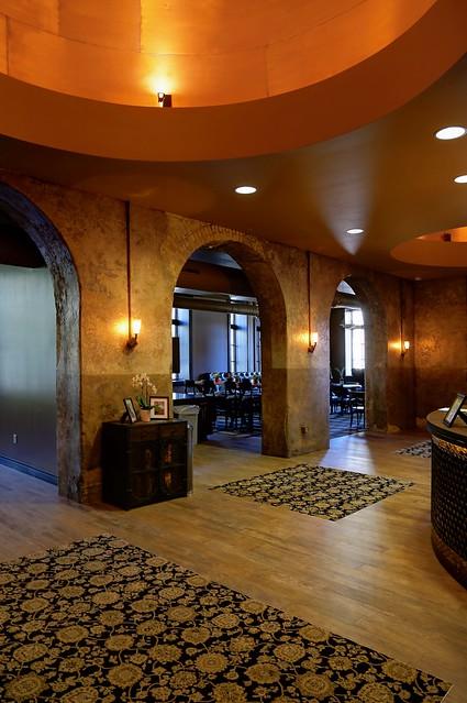Brewhouse Inn & Suites lobby