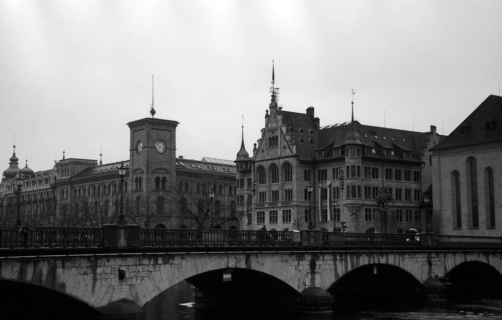Zürich, Rollei 80s, Kiev4-5.jpg