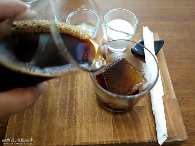 Peekaboo Coffee 彼咖舖咖啡