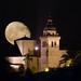 Campanar de Montuïri i lluna