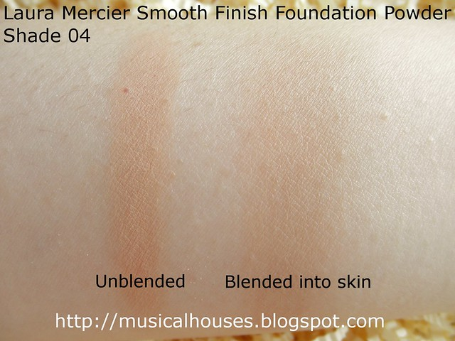 Laura Mercier Smooth Finish Powder Foundation Swatch