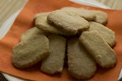 baking, baked goods, cookies and crackers, food, dish, cookie, cuisine, snack food, biscuit,