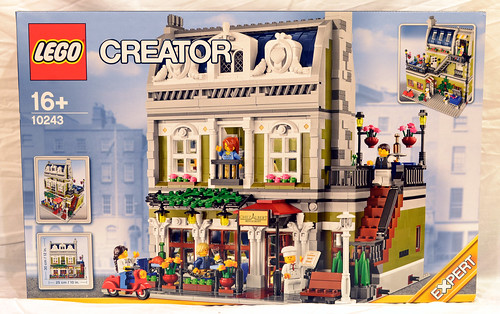 Creator Expert 10243 Parisian Restaurant Box Art