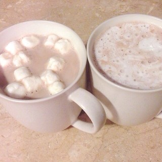 afternoon hot chocolate with my girl. guess which one is hers. ☕️