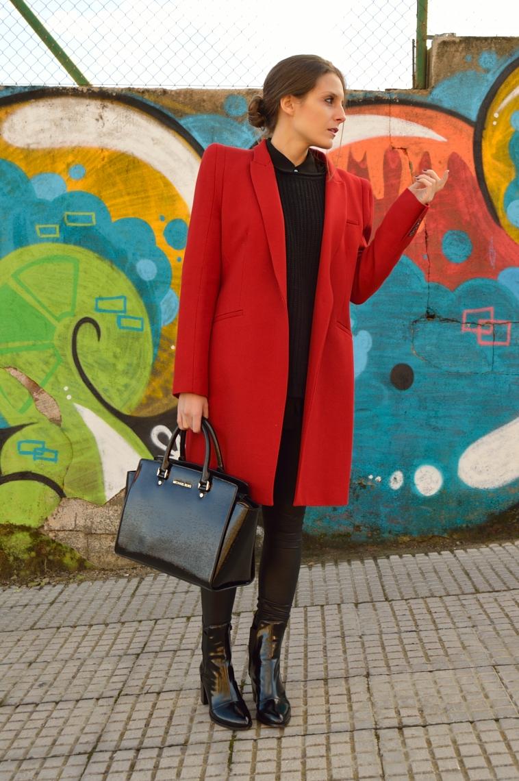 lara-vazquez-madlula-style-blog-abrigo-rojo