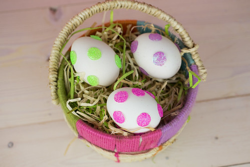 Glitter Dot Easter Eggs-34.jpg