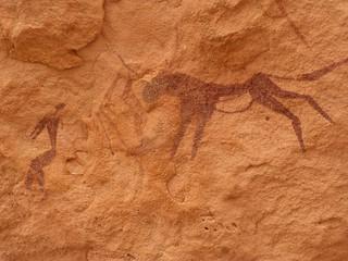 Pintura rupestre en Karkur Tahl (Jebel Uweinat, Desierto Líbico en Egipto)