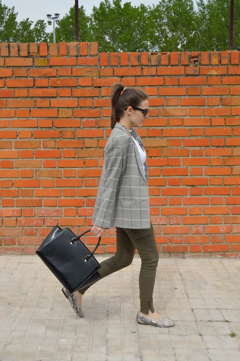 lara-vazquez-madlula-blog-fashion-walk-trends-look