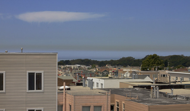 pollution over the pacific, POV Irving and 26th ave; The Sunset District, San Francisco (2014)
