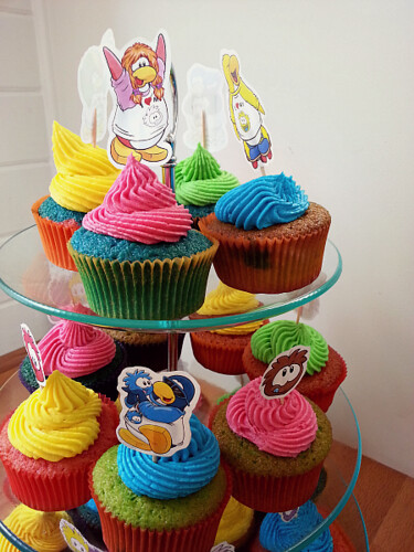 Club Penguin Cupcakes