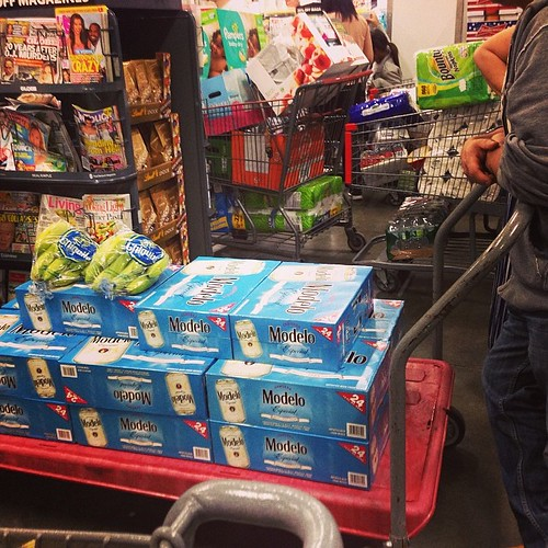 Smartest bulk buying ever!!! Tons of beer and banana! #modelo #beer #bulk #banana #bananabag