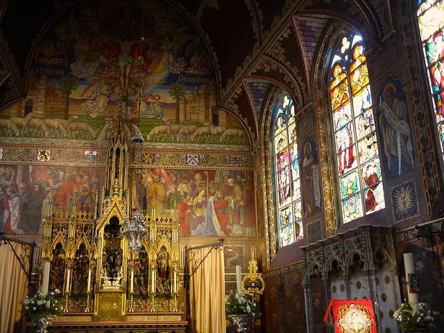 belgium_brugge_basilica-of-the-holy-blood2