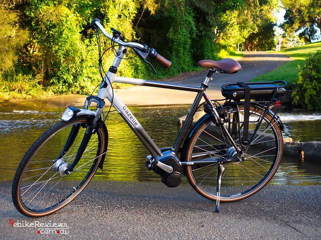 "2015 Gazelle Orange C8 Impulse 2.0 • <a style=""font-size:0.8em;"" href=""https://www.flickr.com/photos/ebikereviews/15785431993"" target=""_blank"">View on Flickr</a>"