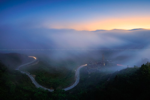 cloud mountain sunrise cloudy highland valley genting bluehour cloudscape