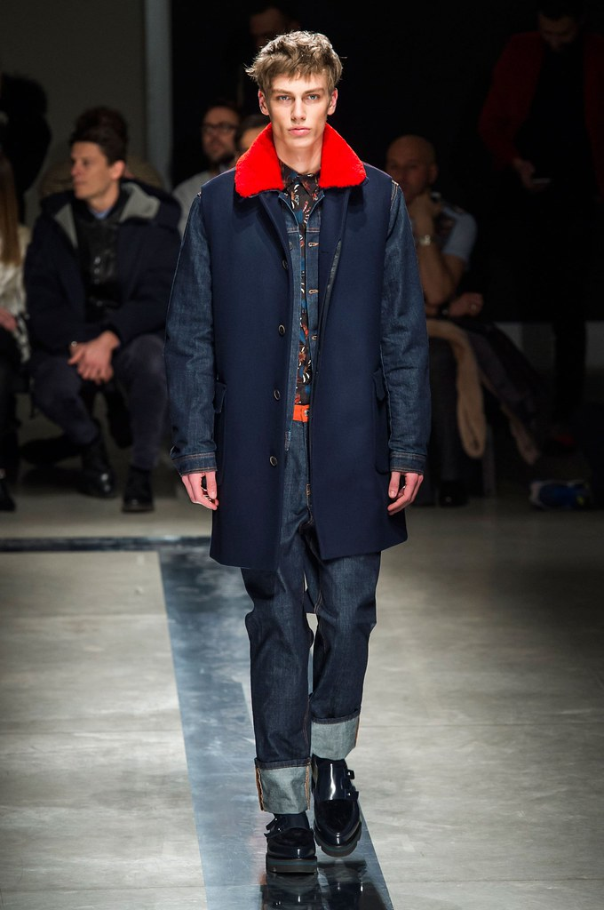 Marc Schulze3084_2_FW15 Milan MSGM(fashionising.com)